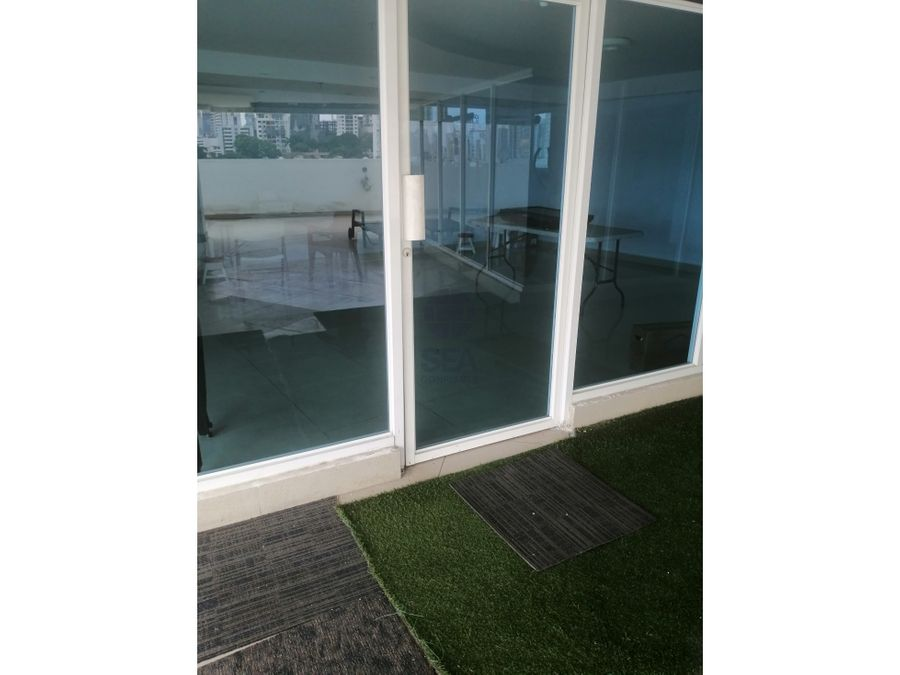 se vende apartamento en ph crystal blue