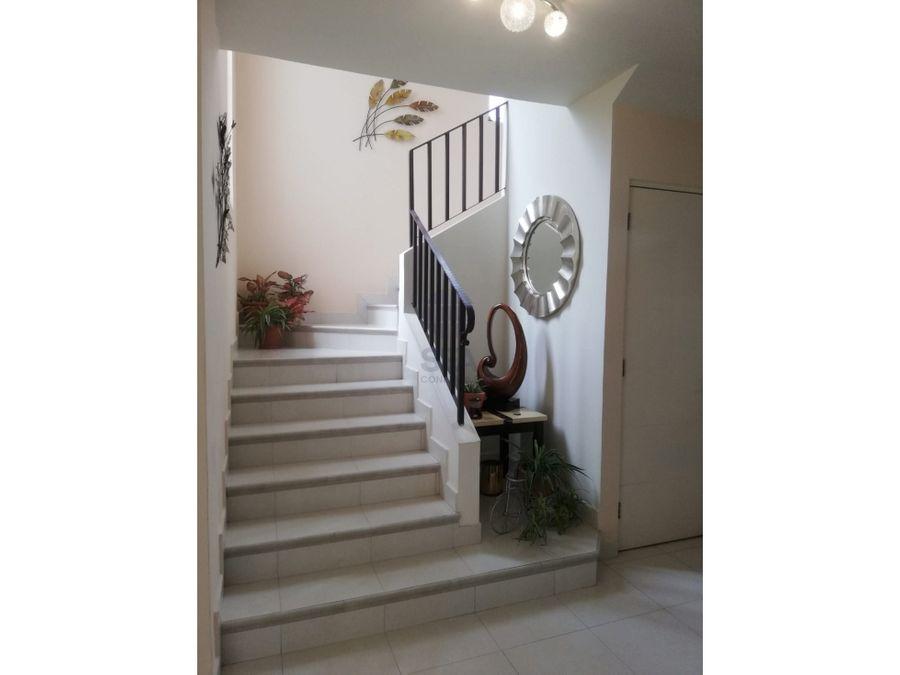 sea confiable vende casa en versalles alquiler con opcion a compra