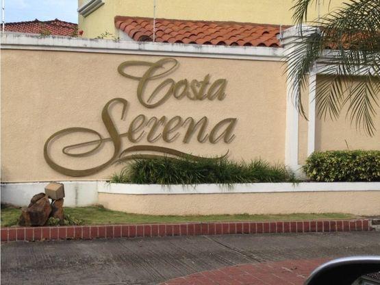 se vende casa en costa serena costa del este