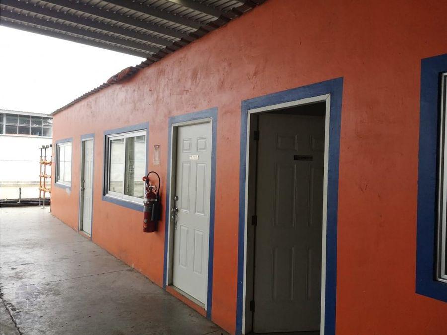 alquiler de galera abierta en villa zaita