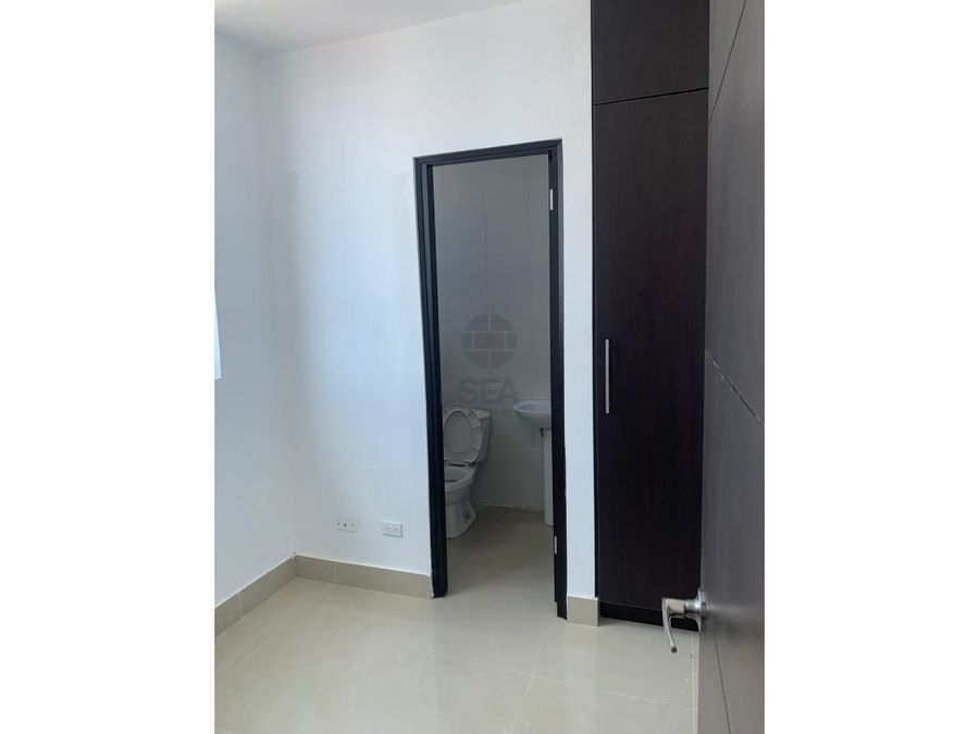 se vende apartamento en ph kolosal