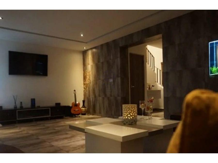 sea confiable vende casa sin muebles en versalles modelo lyon
