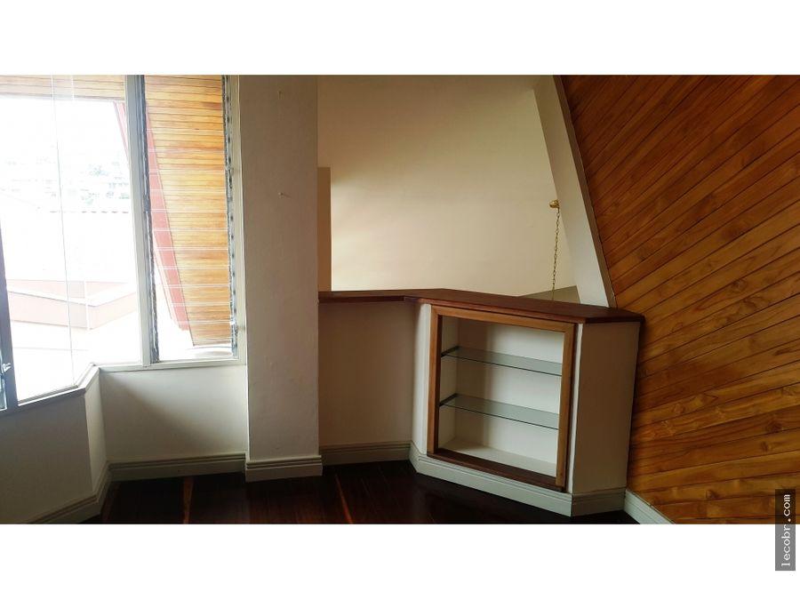alquilo apartamento amoblado moravia