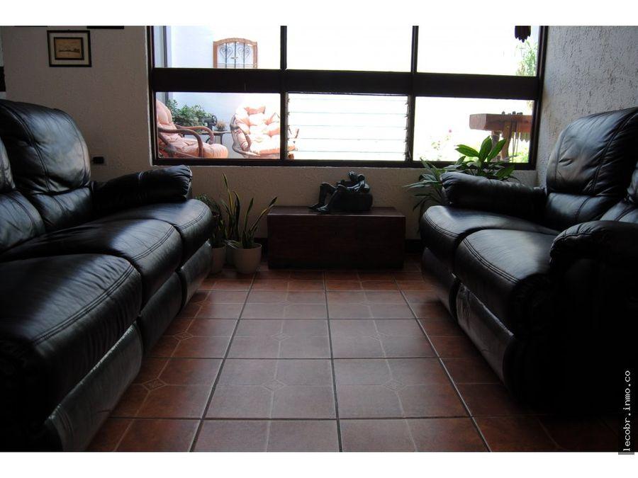 venta casa y apartamento en la guaria moravia