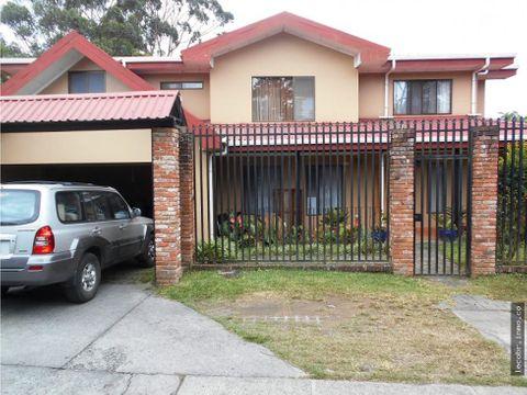 venta casa grande residencial cerrado moravia