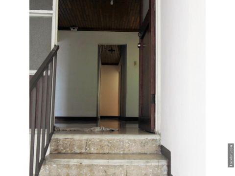alquilo apartamento grande piso 3 guadalupe
