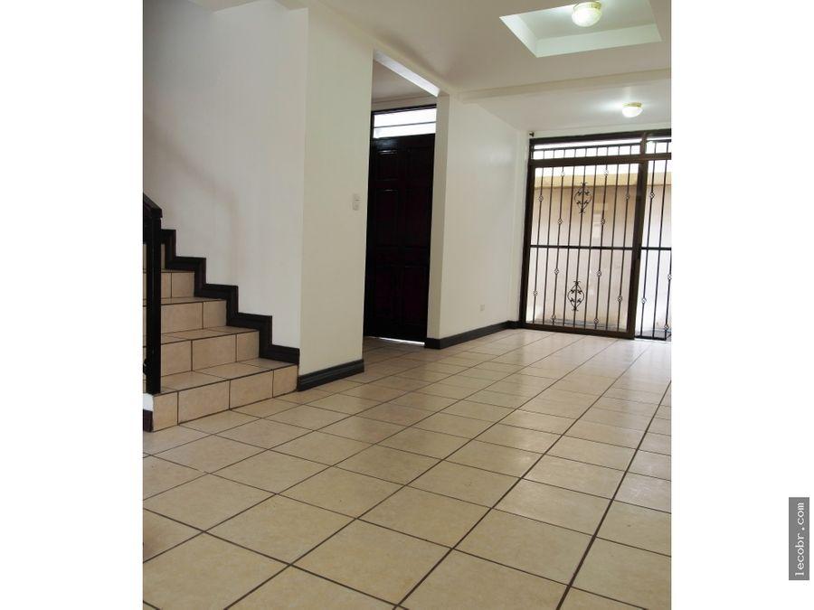 vendo casa condominio la pradera moravia la trinidad 140000