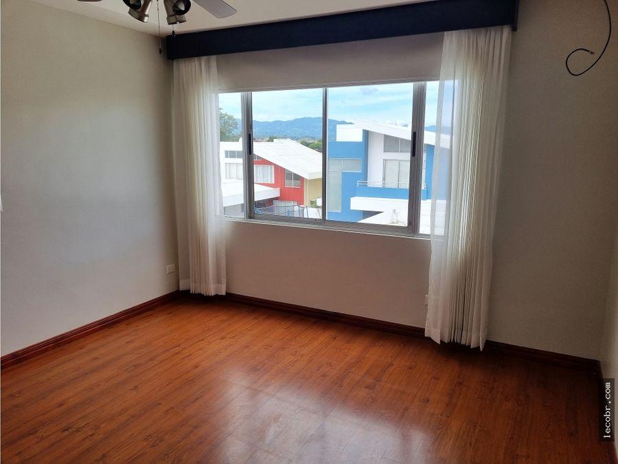alquiler casa en condominio mirasol sabanilla