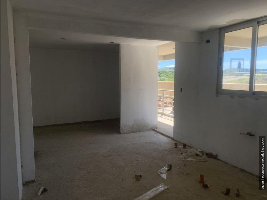 apartamento urb colinas del viento 116m2 38m2 de patio