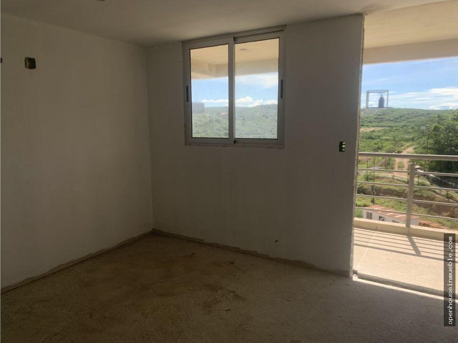 apartamento urb colinas del viento 108m2 101m2 de terraza