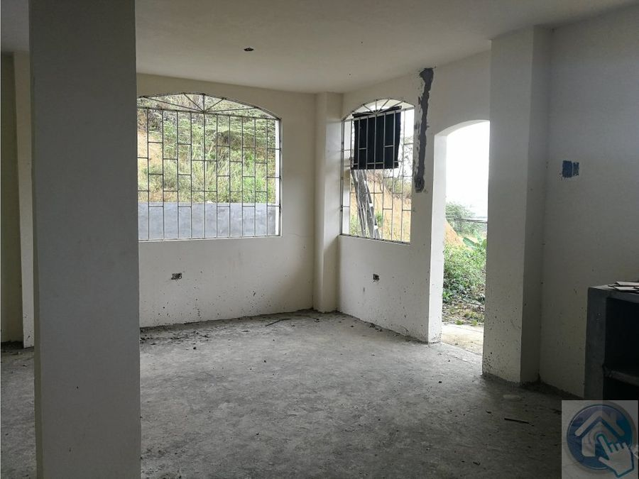 venta de terreno y casa en construccion