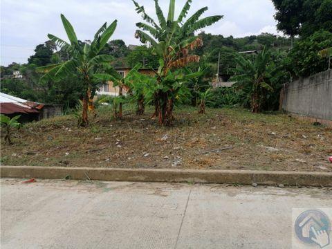 venta de bonito terreno ubicado en el barrio las orquideas esmeraldas