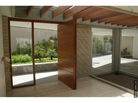 casa en venta en la lagunita caracas