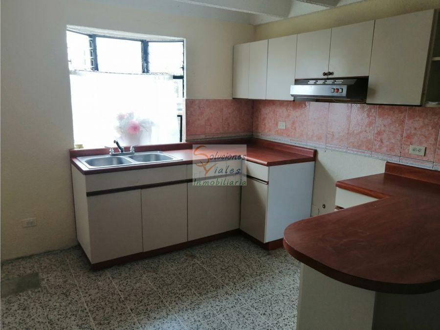 rento apartamento en villa sol zona 12