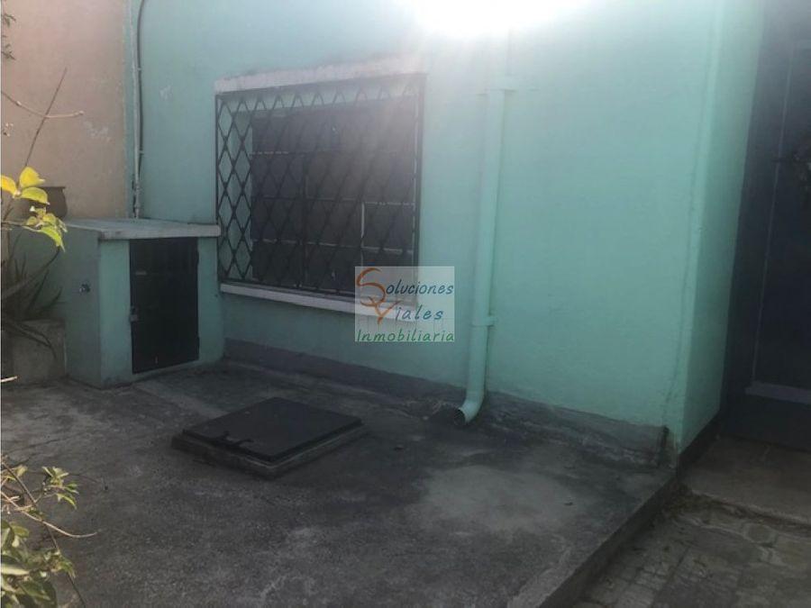 casa en renta de un nivel en zona 4