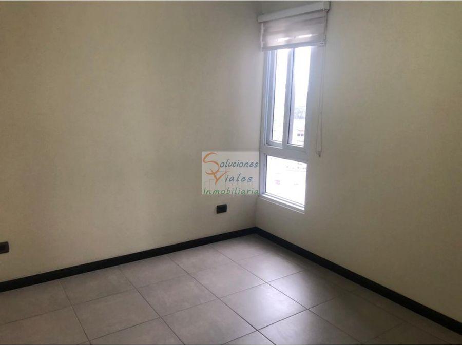 rento apartamento en casa asuncion zona 5