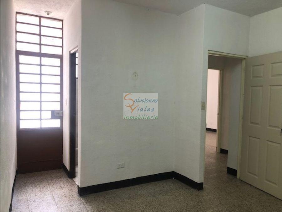 rento oficina en zona 5 sector la palmita