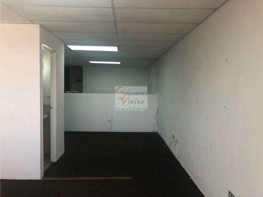 se alquila oficina en edificio geminis 10