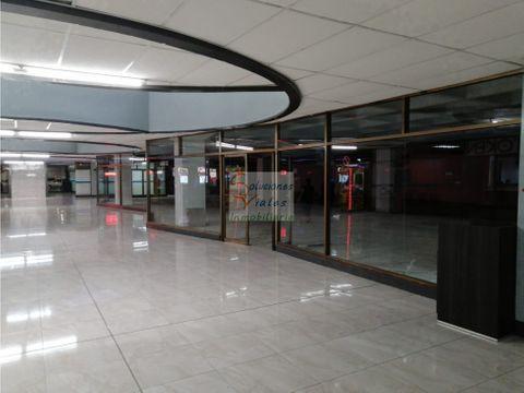 rento local en centro comercial sobre 6ta avenida zona 1