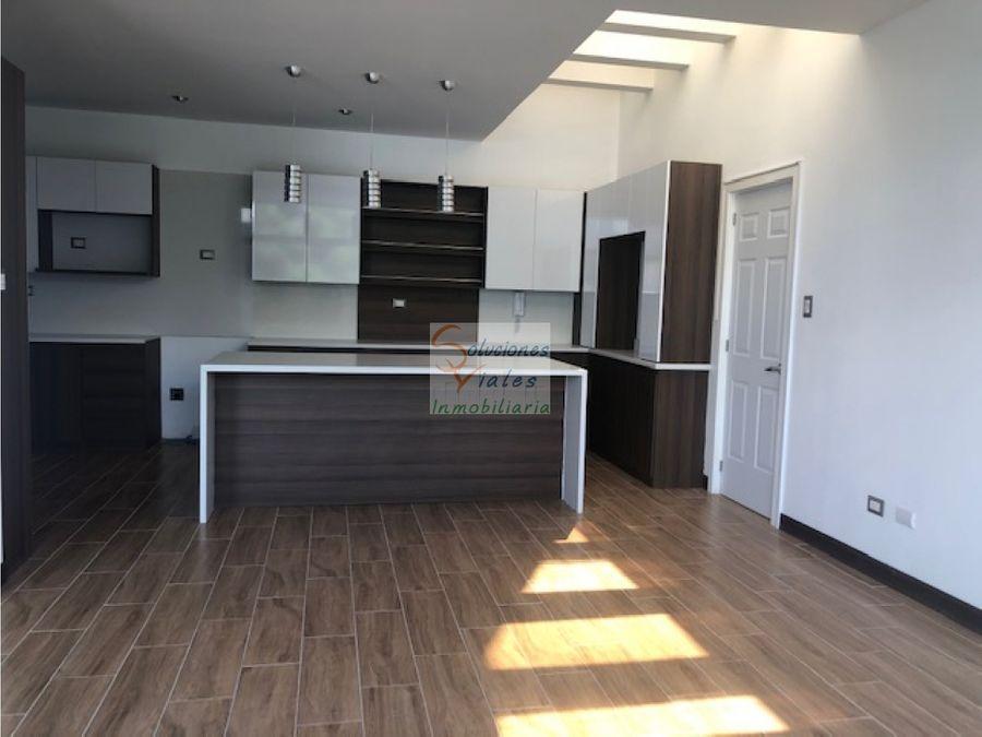 vendo casa nueva en zona 16 doble garita