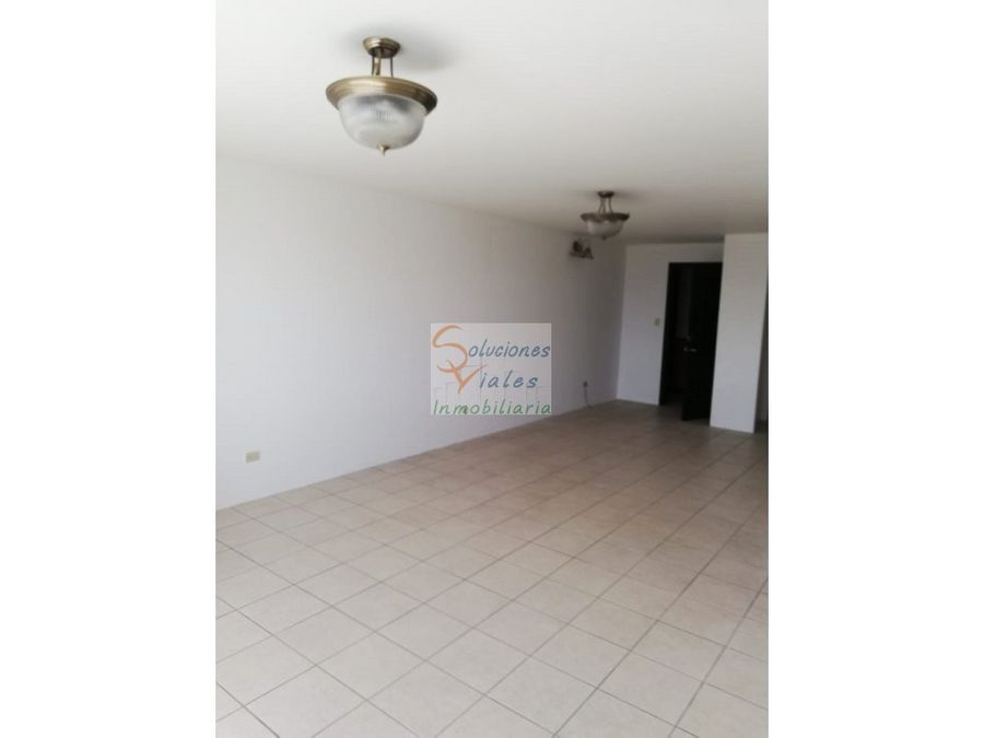 rento apartamento en zona 14