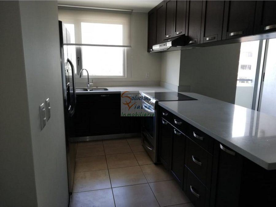 rento apartamento en nivel alto en zona 14
