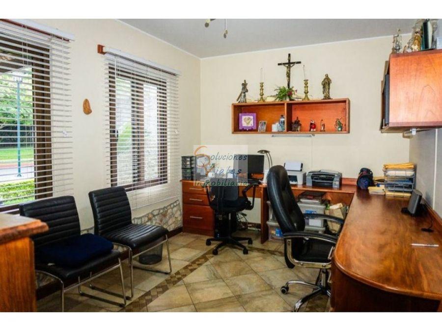 vendo casa en zona 16 altos de san gaspar