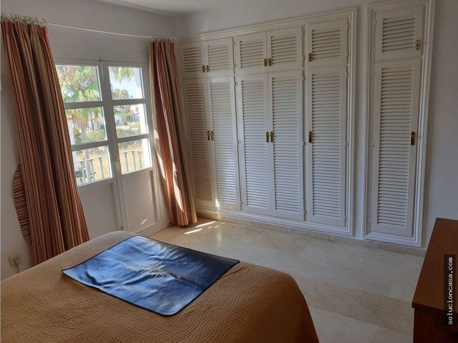 atico dos dormitorios luminoso y soleado