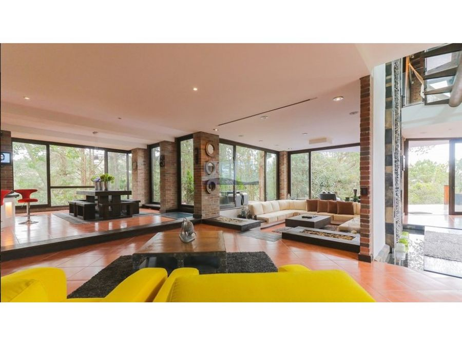 venta casa envigado diseno exclusivo y naturaleza