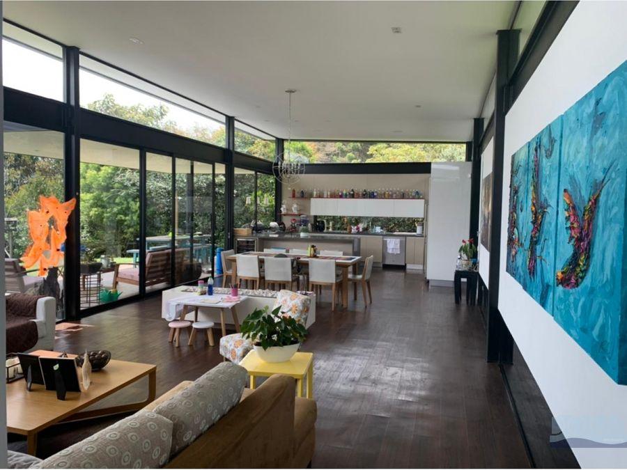 venta espectacular casa campestre en alto de palmas