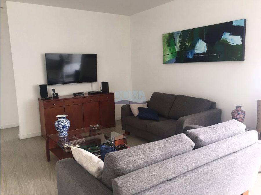 venta apartamento el poblado moderno y con vista