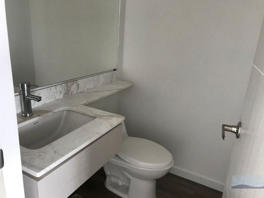 venta apartamento nuevo en el poblado sector lalinde