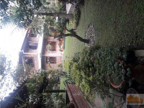 venta hermosa casa en sabaneta