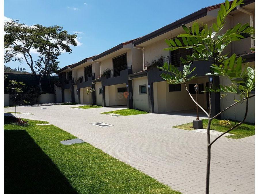 venta casas en condominio piedades santa ana
