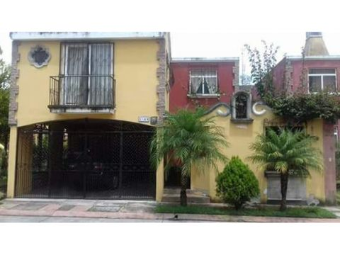 casa en venta en canadas del rio colonial