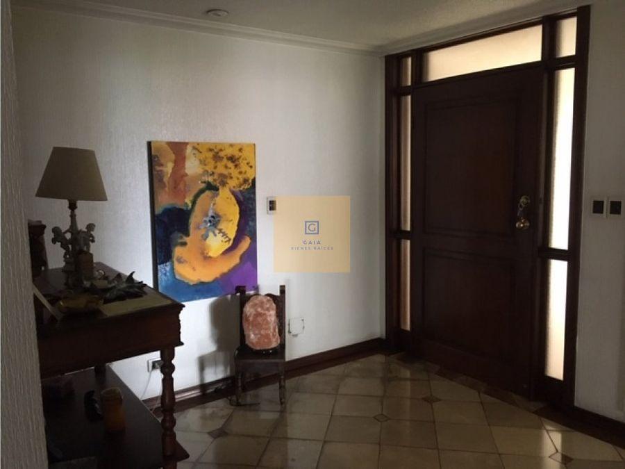 departamento en venta sector iglesia de la paz