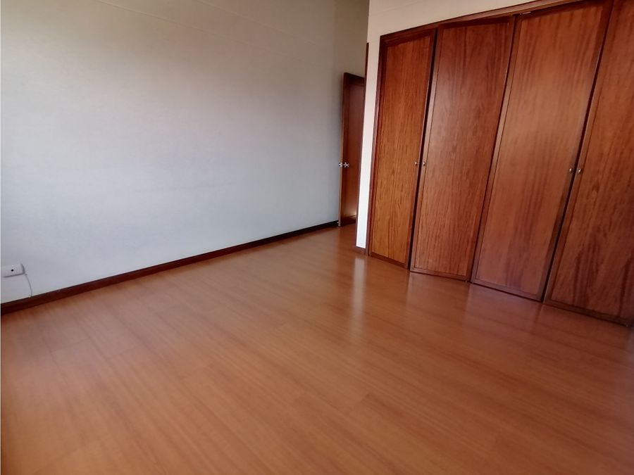 casa en venta loma de benedictinos