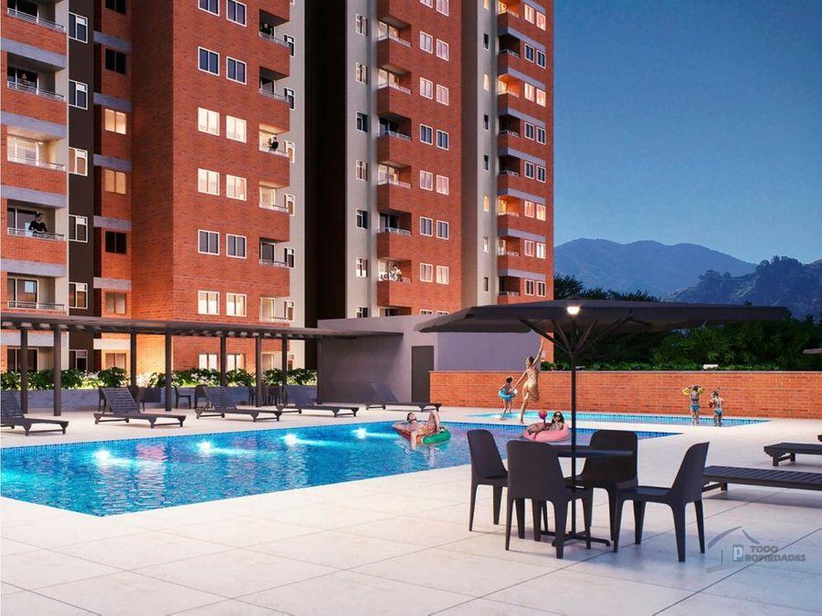 apartamento en venta itagui a tres cuadras del parque