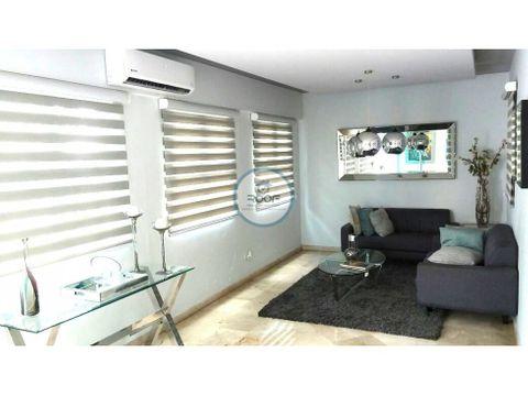 amplio apartamento de 3 habitaciones mas estudio