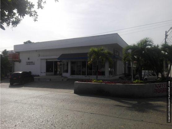 local comercial de esquina calle 79