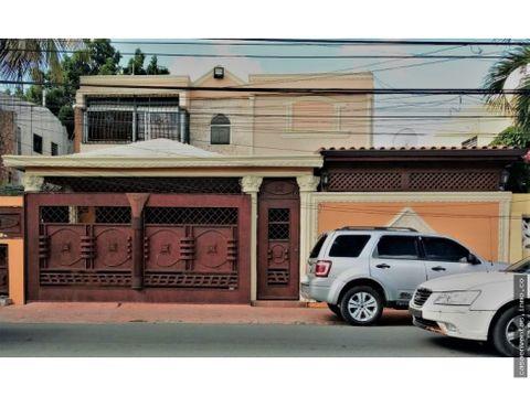 casa en venta en el rosal santo domingo este 4hab