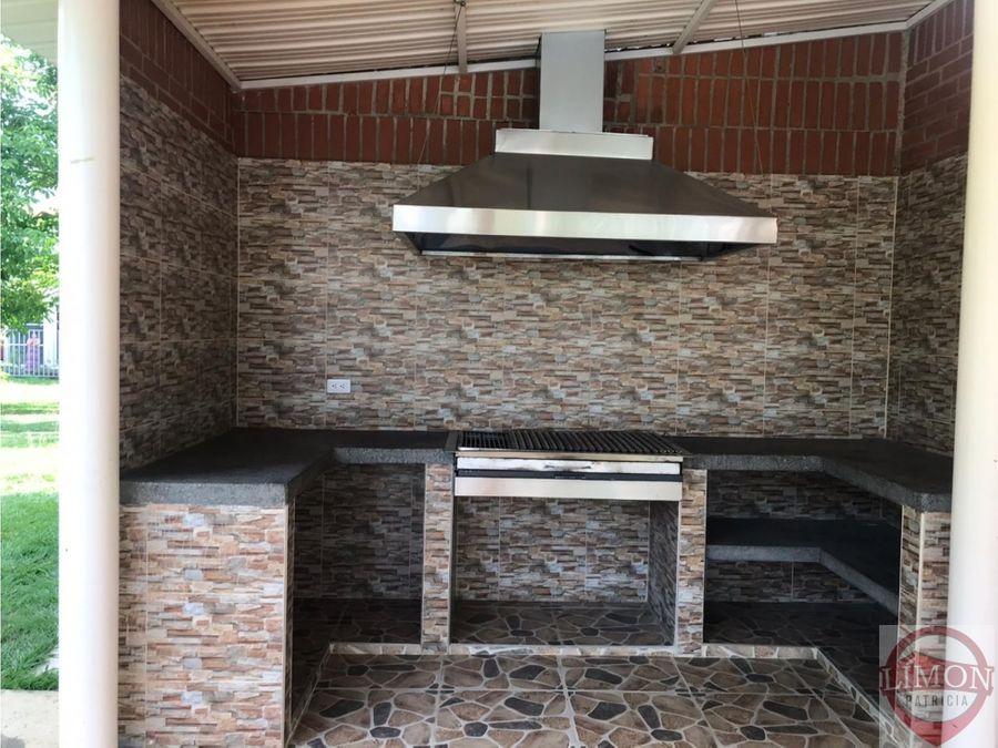 se vende condominio palamres del castillo jamundi colombia