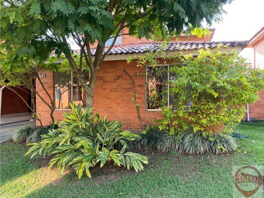 se arrienda casa en hacienda el castillo jamundi colombia