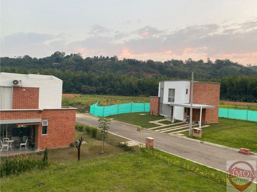 se vende casa en cond pradera verde horizonte colombiajamundi