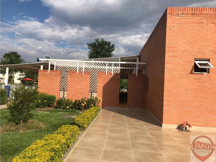 venta de casa en hacienda el castillo jamundi colombia
