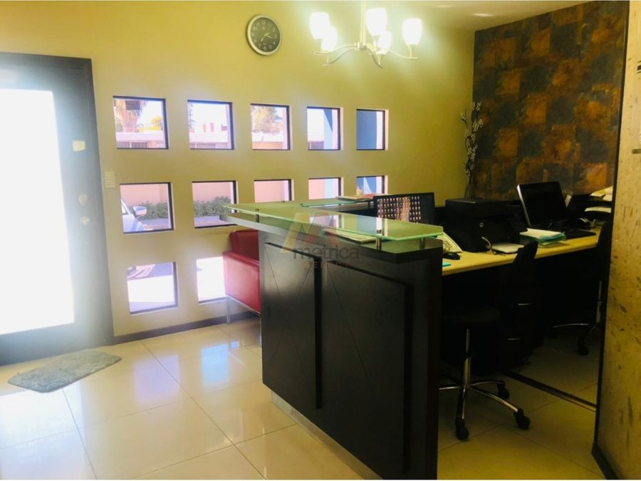 edificio centrico en venta con oficinas y 6 departamentos