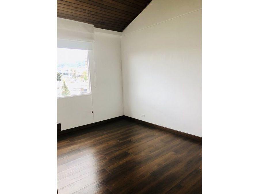 vendo espectacular apartamento duplex remodelado en pasadena bogota