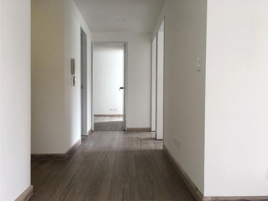 vendo espectacular apartamento cerca a unicentro