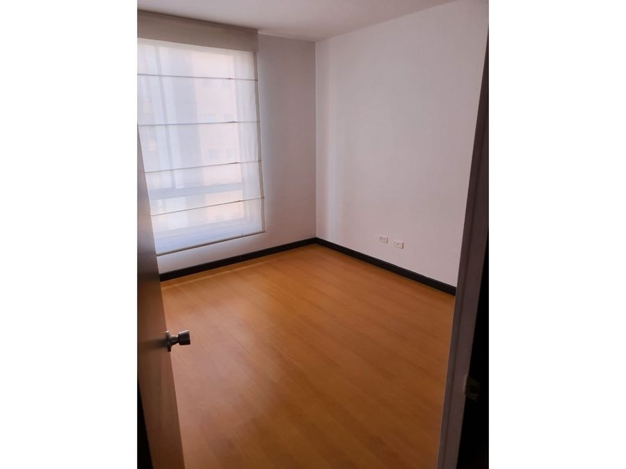 vendo hermoso apartamento en altos del moral bogota