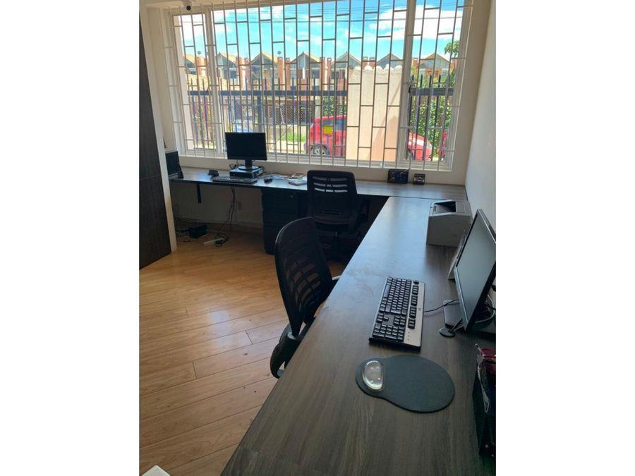vendo casa en chia adecuada para oficina